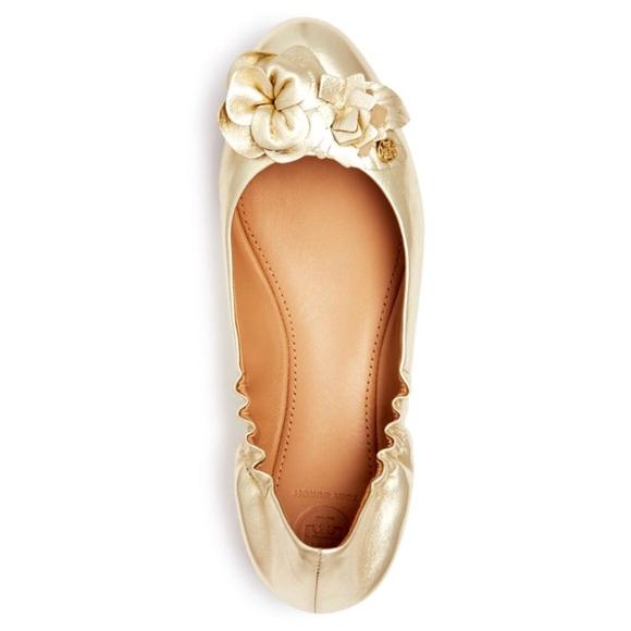 d45f8bf98ff Tory Burch Blossom Metallic Ballet Flat Gold 7.5. M 5a599a8646aa7cc1fea12f1b